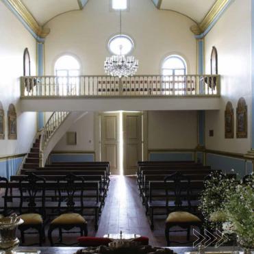 Interior da capela da São Luiz da Boa Sorte. Foto de Cristiano Mascaro